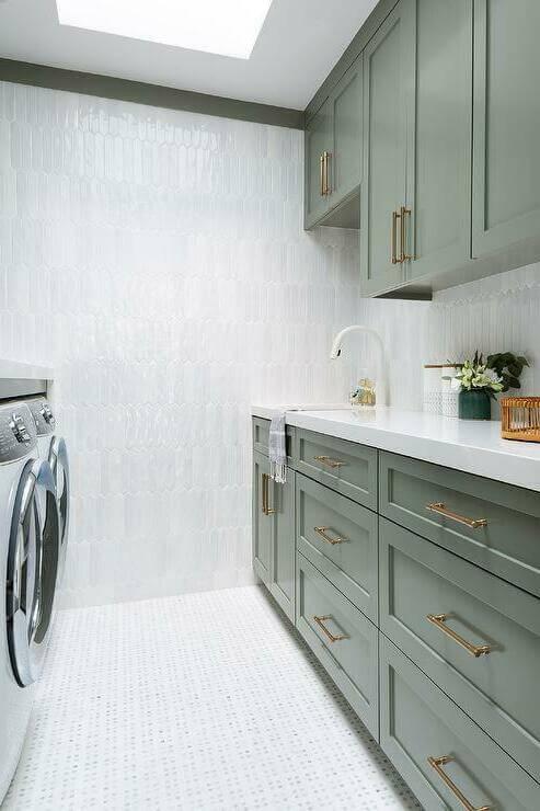 Почему заблокирована дверца стиральной машины?