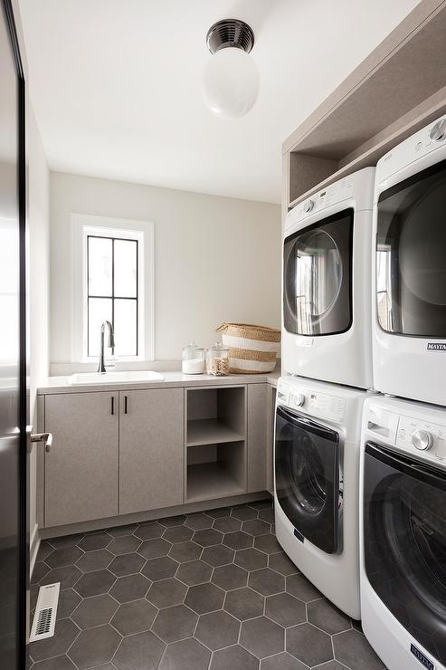 Звоните прямо сейчас и ваша стиральная машина Miele будет работать уже сегодня!